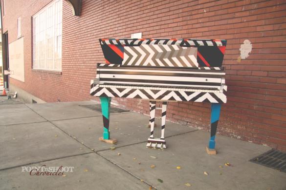 razzle dazzle 'em piano